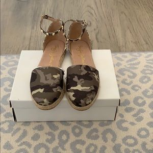 Camo Espadrilles with stud detail